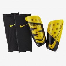 Футбольные щитки Nike Mercurial Lite SP2120-731