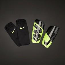 Футбольные щитки Nike Mercurial Lite SP2120-703